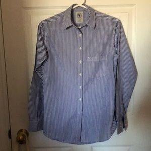 Aritzia oxford shirt!